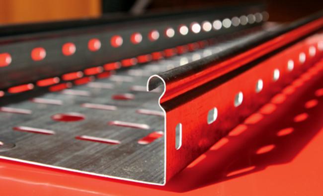 Кабельные металлические лотки перфорированные 100 мм - защита кабельных сетей