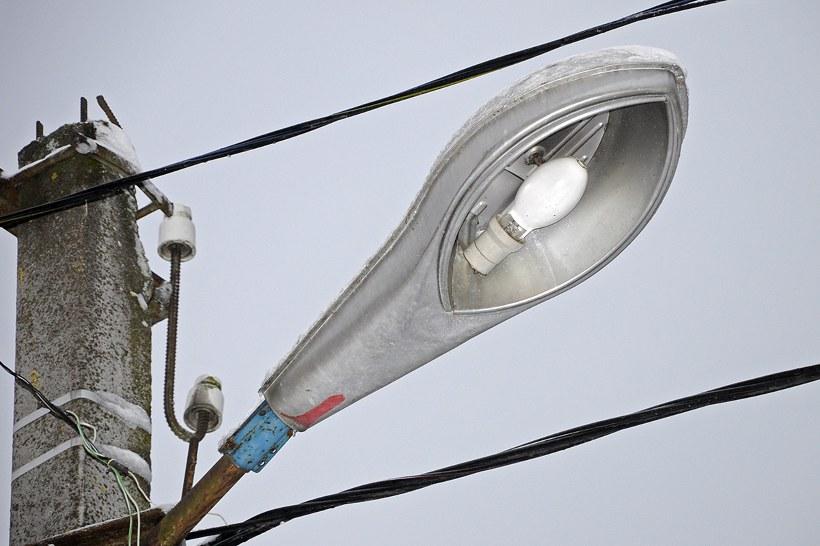 Консольные светильники уличного освещения